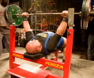 2 Common Bench Press Mistakes (And How to Fix Them!)